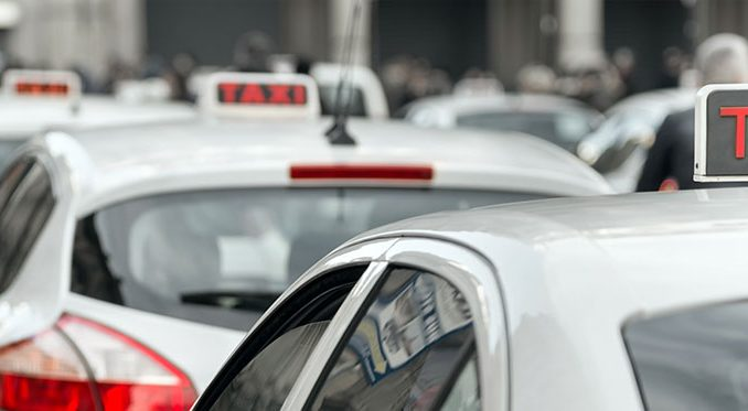 Comment devient-on chauffeur de taxi ?