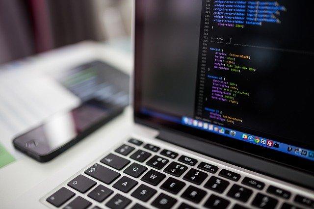 Comment se former pour maitriser un langage de programmation